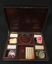 ancienne boîte à jeux bois et laiton + jetons 19e Napoléon III antique box game