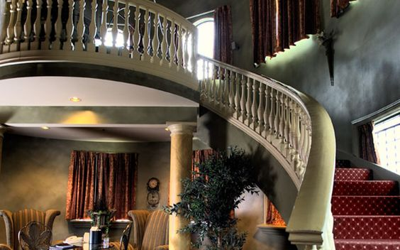 Monte Cristo - A three-story suite at Chateau Avalon