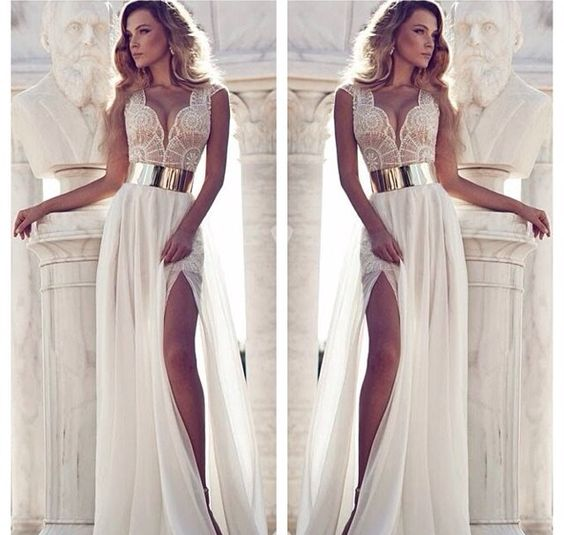 This could be a wedding reception dress. ❤️