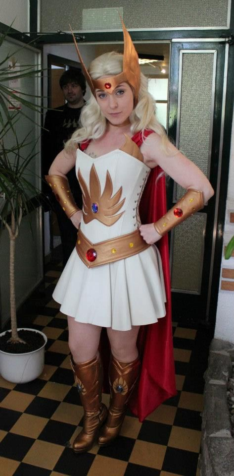 She-Ra, cosplayed by Beatrice Buetow, photographed by Milla Leppälahti