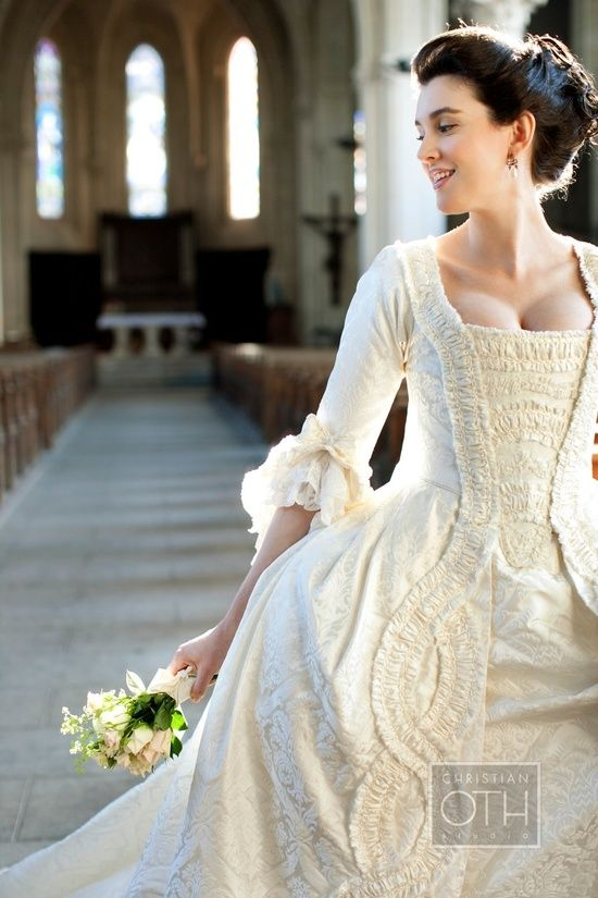 18th c style wedding gown (Because I can see Athenodora wanting to ...