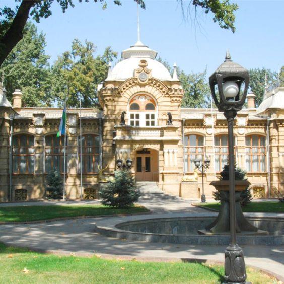 Tashkent day trip - Romanov palace #Tashkentdaytrip