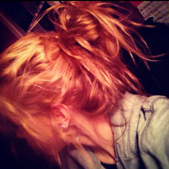 Everyone needs a messy bun day every once & awhile!