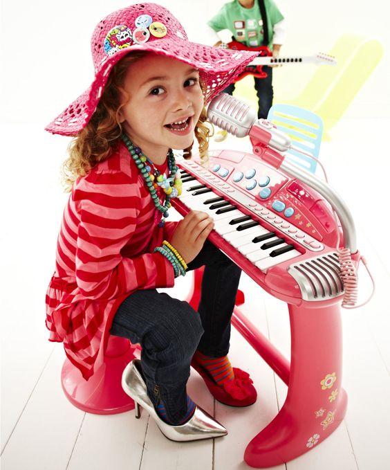 Crazy Sounds Voice Changing Keyboard And Stool Pink