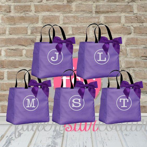Bridesmaid Gift Ideas For Destination Wedding : ... gift , destination wedding bag , bridesmaid bags wedding Pinterest