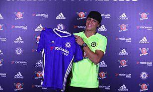 IN: DAVID LUIZ seals stunning £32m return to Chelsea from Paris Saint-Germain (August 2016)