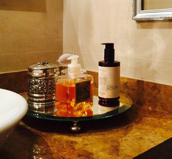 Base en espejo de A&S para decorar tu baño!