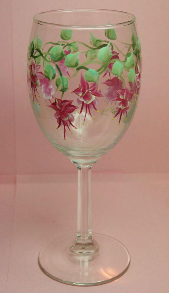 Painted wine glasses custom wine glasses and hand painted for Christmas painted wine glasses pinterest