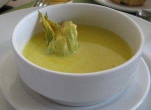 Zucchini Flower Soup for Mother's Day recipe. Happy Mother's Day - Feliz Dia de las Madres Sopa de Flor de Calabaza http://blog.mexgrocer.com/zucchini-flower-soup-for-mothers-day/