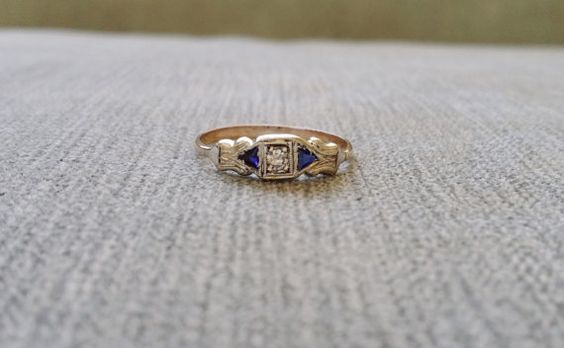 Antique Diamond and Saphire Art Deco Edwardian Engagement Ring Vintage Art Deco Two Toned White and Yellow 14K Gold Size 8.75