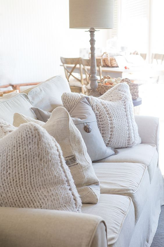 Fall Family Room | Farmhouse Holiday Series