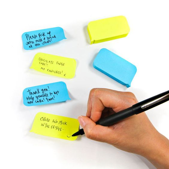 SMS-Mimicking Memo Pads - Text Messages Sticky Notes Playfully Imitate Digital Dialogue (GALLERY)