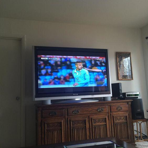 En casita mirando @laliga celta vigo vs atletico de madrid 0-0