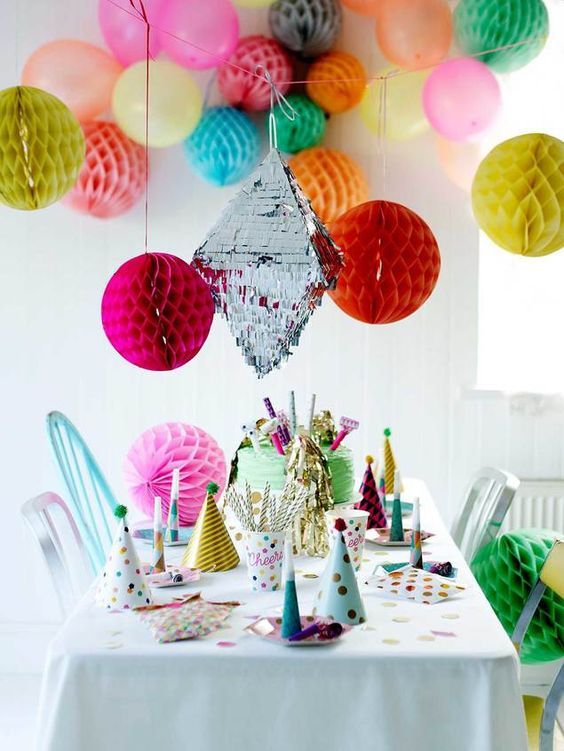 Talking-Tables---Party-Time---Party-setting---party-hats,-cups,-horns,-blow-outs,-decs---lifestyle---Portrait