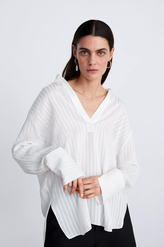 Image 2 of OVERSIZED BLOUSE WITH STRIPES from Zara