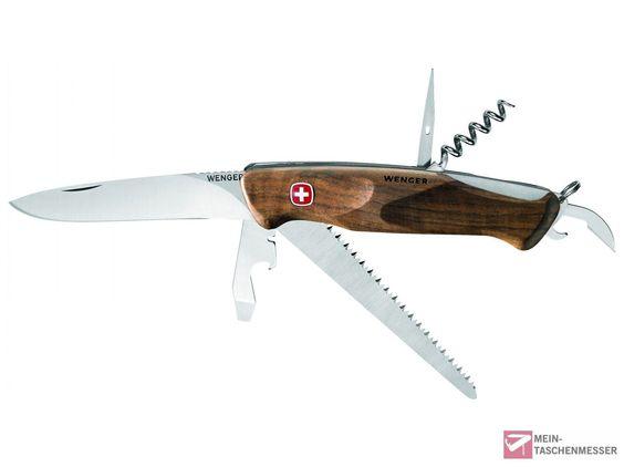 Wenger Rangerwood 55. Schweizer Taschenmesser mit Griffschale aus Schweizer Nussbaumholz und 8 Funktionen.