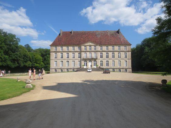 Le Chateau de Thenissey