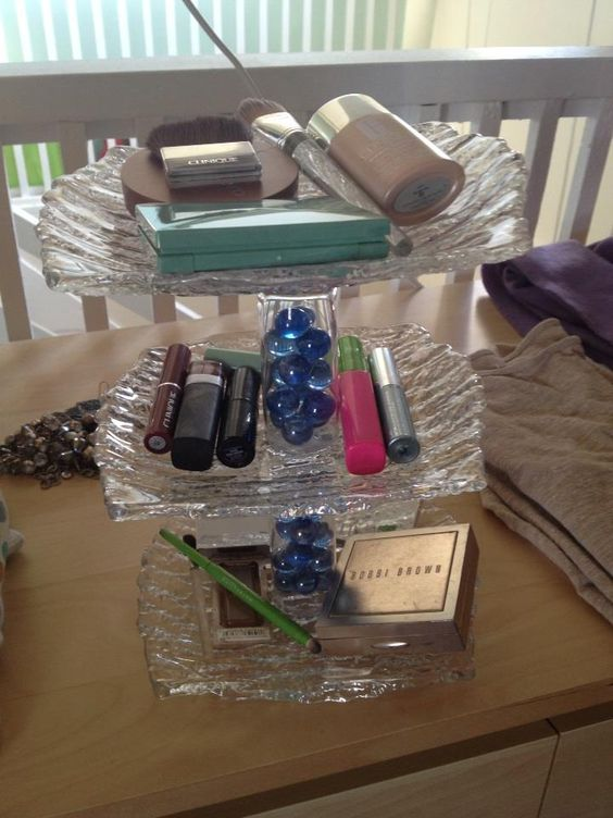Three Tier Tray made of Glass