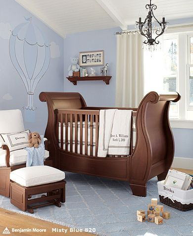 i love the balloon on the wall all in shades or periwinkle..i could do this