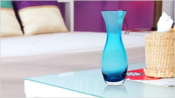 O caráter inventivo pode estar presente em um dos complementos decorativos mais tradicionais: os vasos.