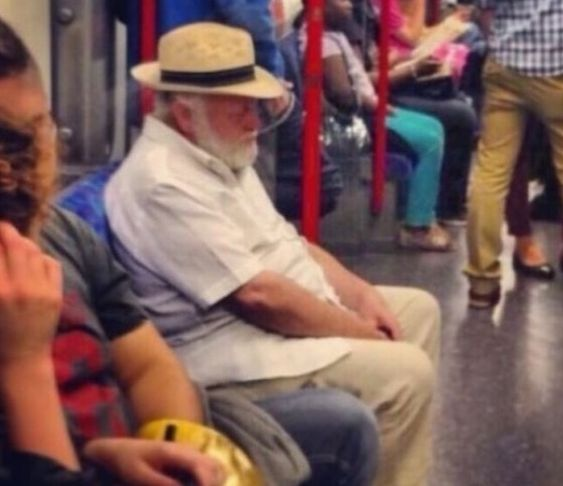 17 φωτογραφίες καθημερινών ανθρώπων που μοιάζουν απίστευτα με διάσημους