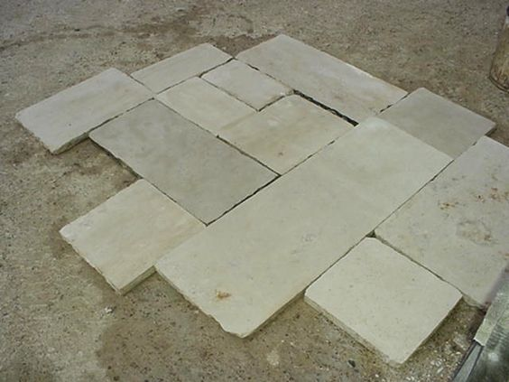 franse bourgondische dallen Grote voorraad natuurstenen vloeren, effen tegels en motieftegels in