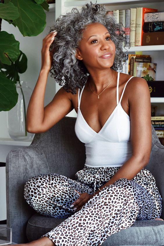 Silver Hair Care - The Tennille Life #naturalhair #silverhair #beauty