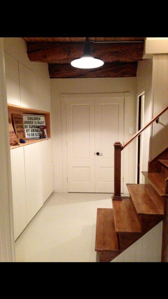 Aménagement sous-sol. Design: Anne Tremblay. Exécution meuble de ...