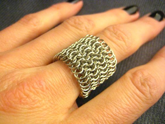Chunky // Silver Wide Mesh Chainmaille Ring