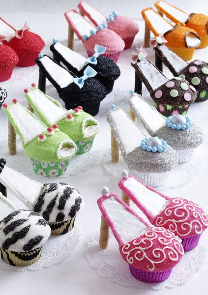 shoe cupcakes, how cute is that!