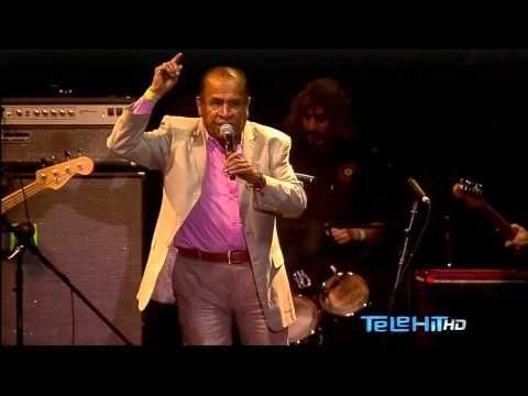 Sonido Gallo Negro - Vive Latino 2015 HD @Vlankaz - YouTube