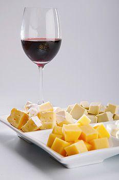 Самые жирные сорта сыра