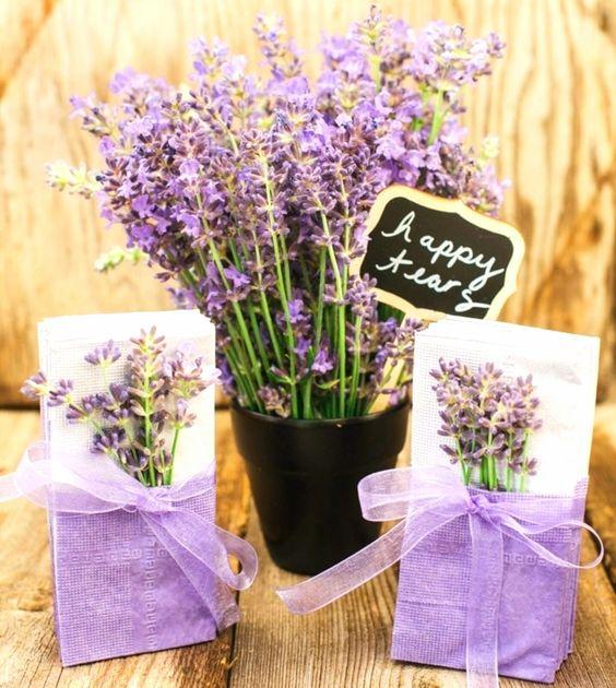 DIY Lavender Tissues