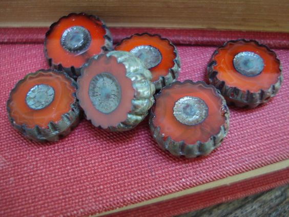 Red flower beads, 12mm Czech glass flat daisies, red with picasso finish