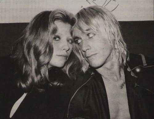 Bebe Buell (Liv Tylers mom) and Iggy…!  She did get around..and so did he…ha!