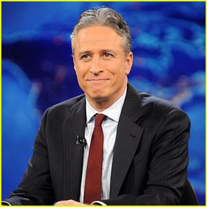 TUE, 10 FEBRUARY 2015 AT 11:51 PM   Jon Stewart Announces 'Daily Show' Retirement (Video)
