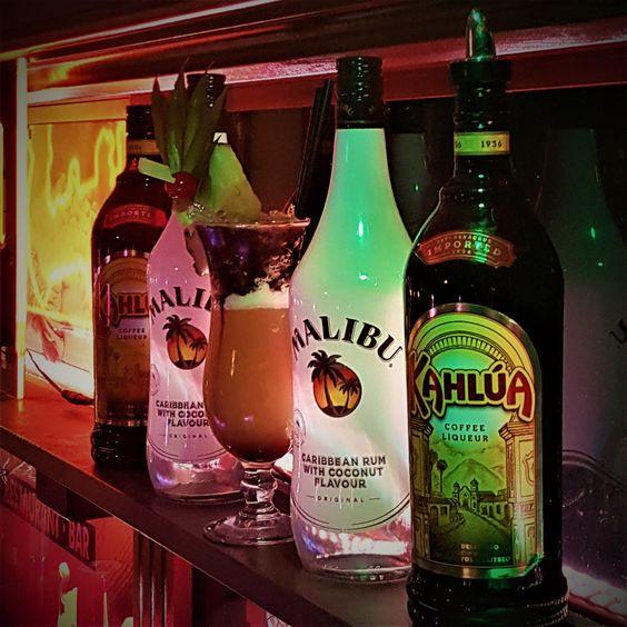 Winter cocktail Coco Maria with 4cl Kahlua, 3cl Malibu and 8cl orange juice