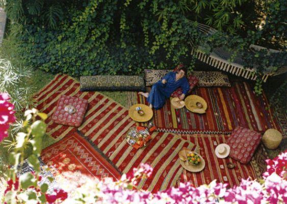 Steal this idea! Moroccan garden party.