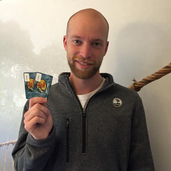 Aaron used 13 voucher bids to win this two $10 gift cards (+15 bids) . WTG Aaron!