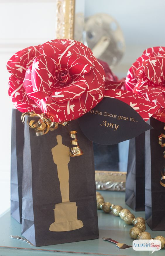Atta Girl Says | Oscar Party Ideas: Celebrate Like the Stars | http://www.attagirlsays.com: