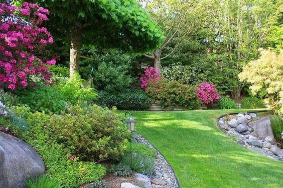 Senderos en el jardin