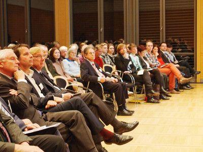 Großer Andrang beim TTIP-Bürgerdialog in München