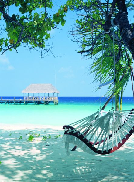 The relaxing atmosphere at Cocoa Island by COMO in the Maldives