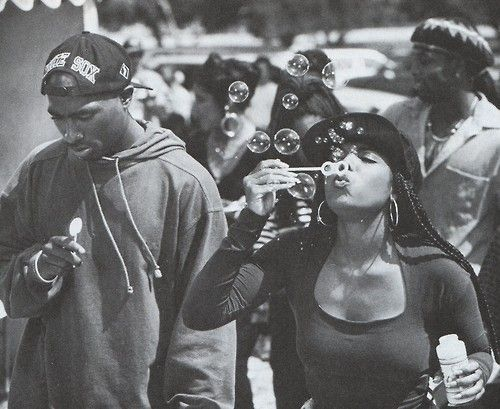 vivalatupac:    May 1992 on the set of Poetic Justice with Janet Jackson