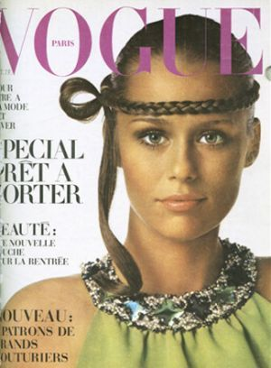 Vintage Vogue magazine covers - mylusciouslife.com - Vintage Vogue Paris October 1968.jpg: