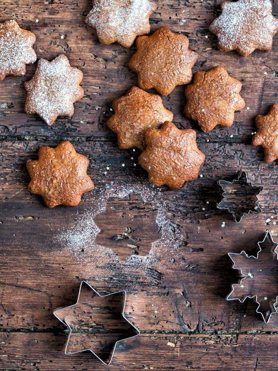 Vegan and Gluten Free Lebkuchen (german gingerbread & vegan chocolate mousse | Natural Kitchen Adventures & Supergolden Bakes: