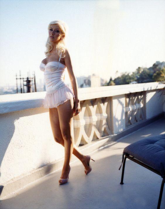 Christina Aguilera - Full Size - Page 22