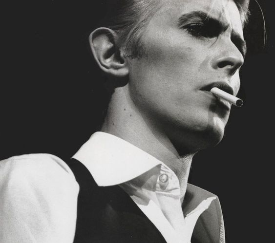 As much as we love Bowie all dolled up as Ziggy Stardust, or sprawled out with the Diamond Dogs, it's nice to see him in such a simple button-up and vest combo.