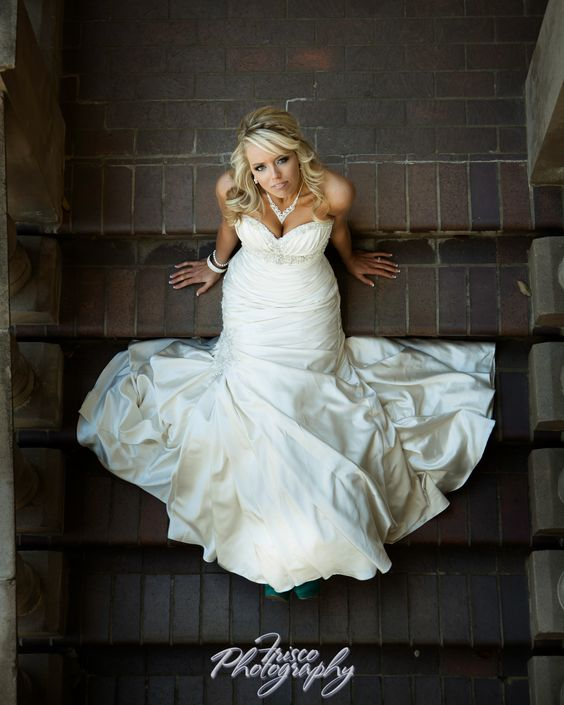 Wedding Poses: Bridal Portraits, The Front And Bridal On Pinterest