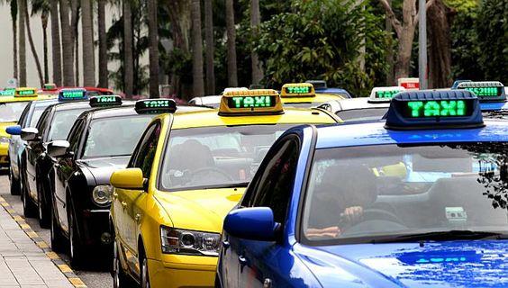 Taxi ở Singapore rất đắt